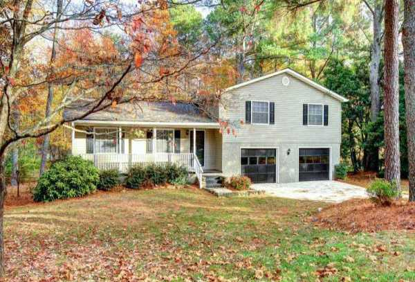 Home In Alpharetta Eastwood Subdivision