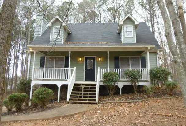 Home In Apple Orchard Canton GA