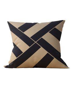 Almofada Decorativa Geométrica Black Gilt - 45x45