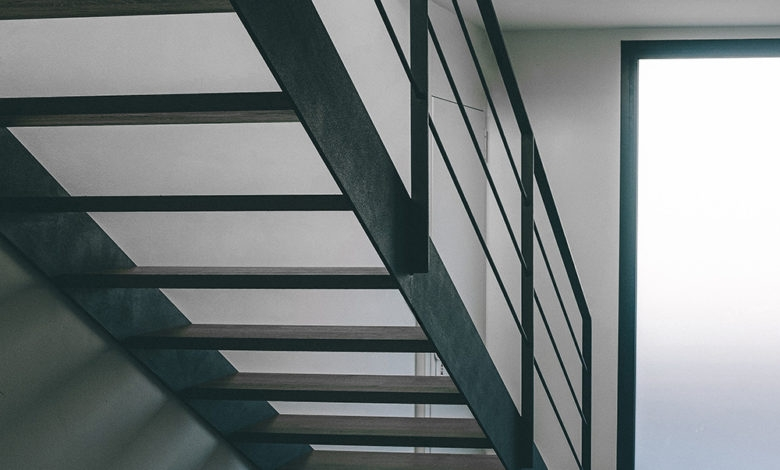 Guide To The Types And Styles Of Stairs Home Mum | Metal Staircases For Homes | Beam | Stainless Steel | Support | Statement | Metallic