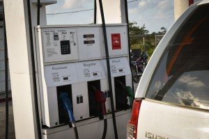 Road Trip Belize Travel Tips - Gas Prices