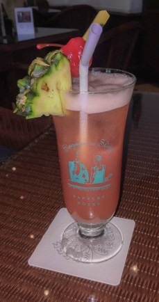 Things to do in Singapore - Singapore Sling