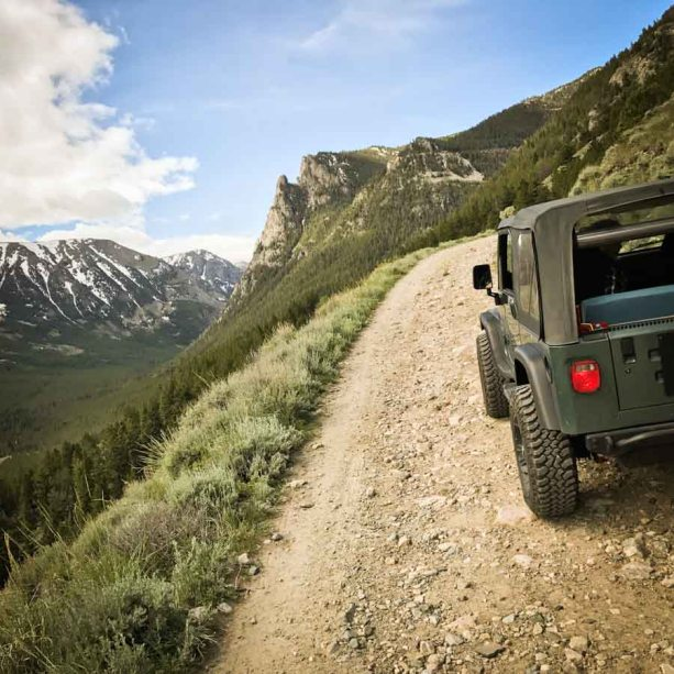 Absaroka-Beartooth Wilderness Hellroaring Road