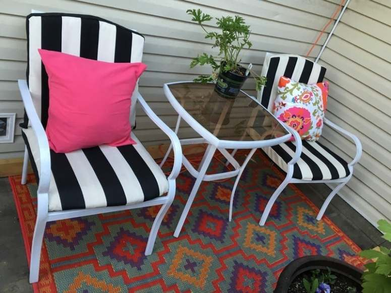 Deck one room challenge rug and how to sew an envelope pillow cover (12)