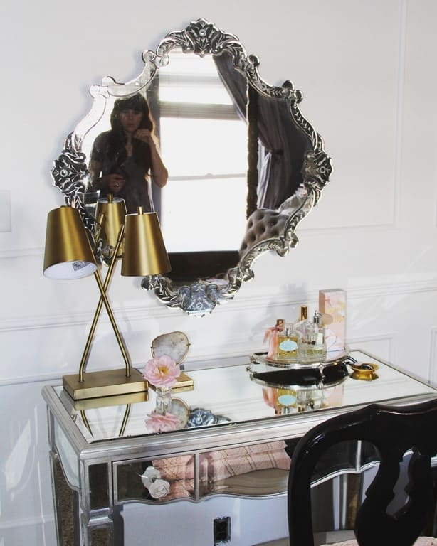 master bedroom vanity and chair- the prettiest combinations! Do you need ideas for a cute spot for doing your makeup? I have modern, boho, and vintage desks, chairs, and mirrors. Perfect for a small room, a teen, or a large bedroom decor
