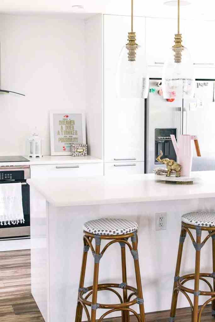 How to Update your Rental Kitchen (and get your deposit back ...