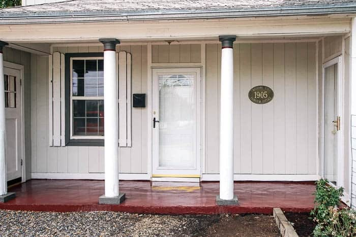 How to paint your front porch at home with ashley how to paint a concrete porch floor this is an easy diy and will add solutioingenieria Image collections