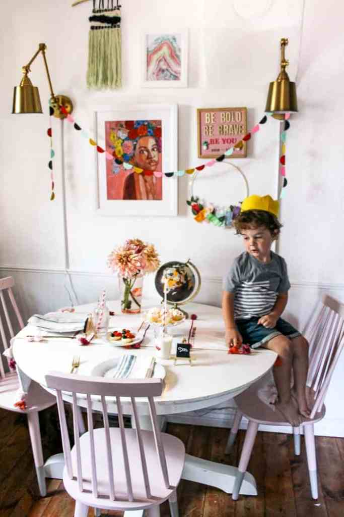 back to school feast! DIY ideas for cute crafts- like a colored pencil modern wreath! Plus tips on choosing a family theme and ways to make your kids feel special and ready for the school year. Back to school dinners are the perfect way for children to set an intention for the year and get started on the right foot!