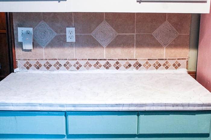Fantastic Diy Peel And Stick Backsplash Tile At Home With Ashley Home Remodeling Inspirations Genioncuboardxyz