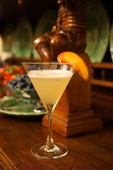 Peach Martini (Apps & Alcohol Party)