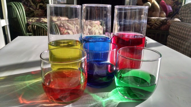 Color mixing with bath tabs