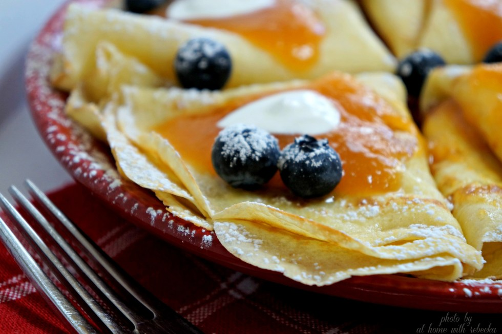 Crepe w persimmon butter