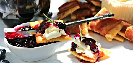 Blueberry Compote with Goat Cheese