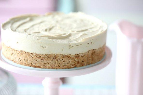 Mocca Meringues Ice Cream Cake