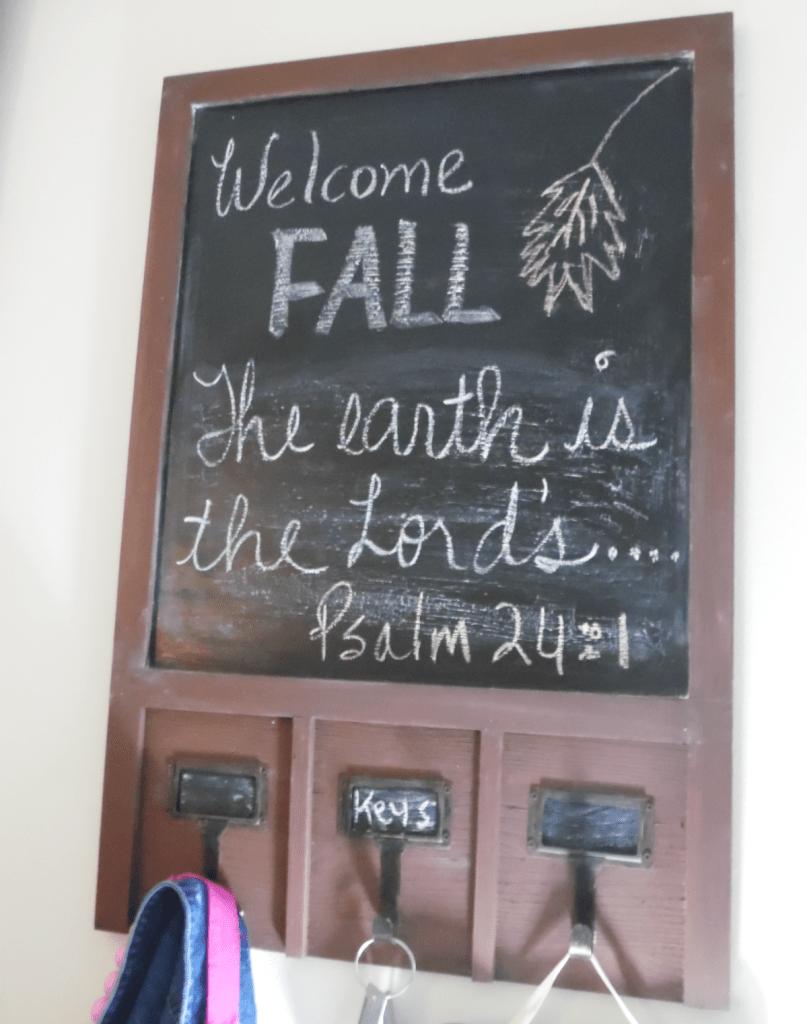 fall entryway chalkboard 2