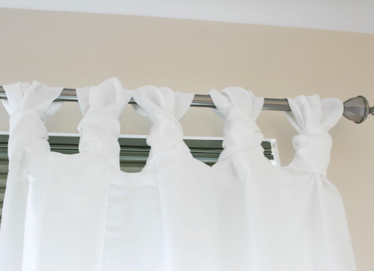 master-bedroom-curtain-knots