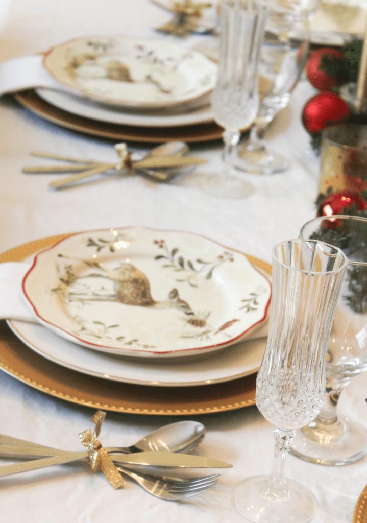 christmas-table-plates