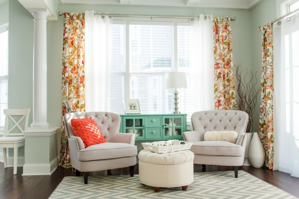 mint-and-coral-decor-inspiration_1218 Katelyn James Blog
