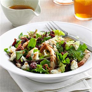 Chicken--Pecan---Cherry-Salad_exps96682_SD132778B04_09_4bC_RMS (1) Taste of Home