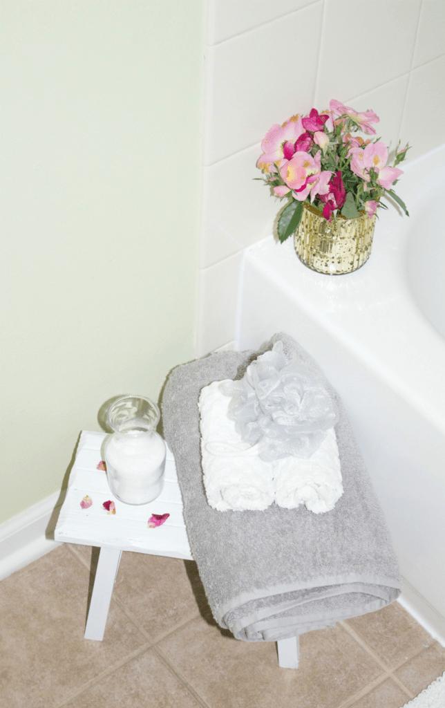 Small Bathroom Refresh - Modern Decor - Gold Wall Clock - Modern Decor - Towels - At Hoem With Zan