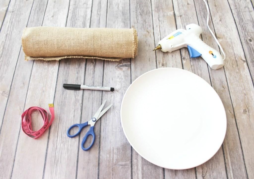 DIY Burlap Placemats - At Home With Zan -