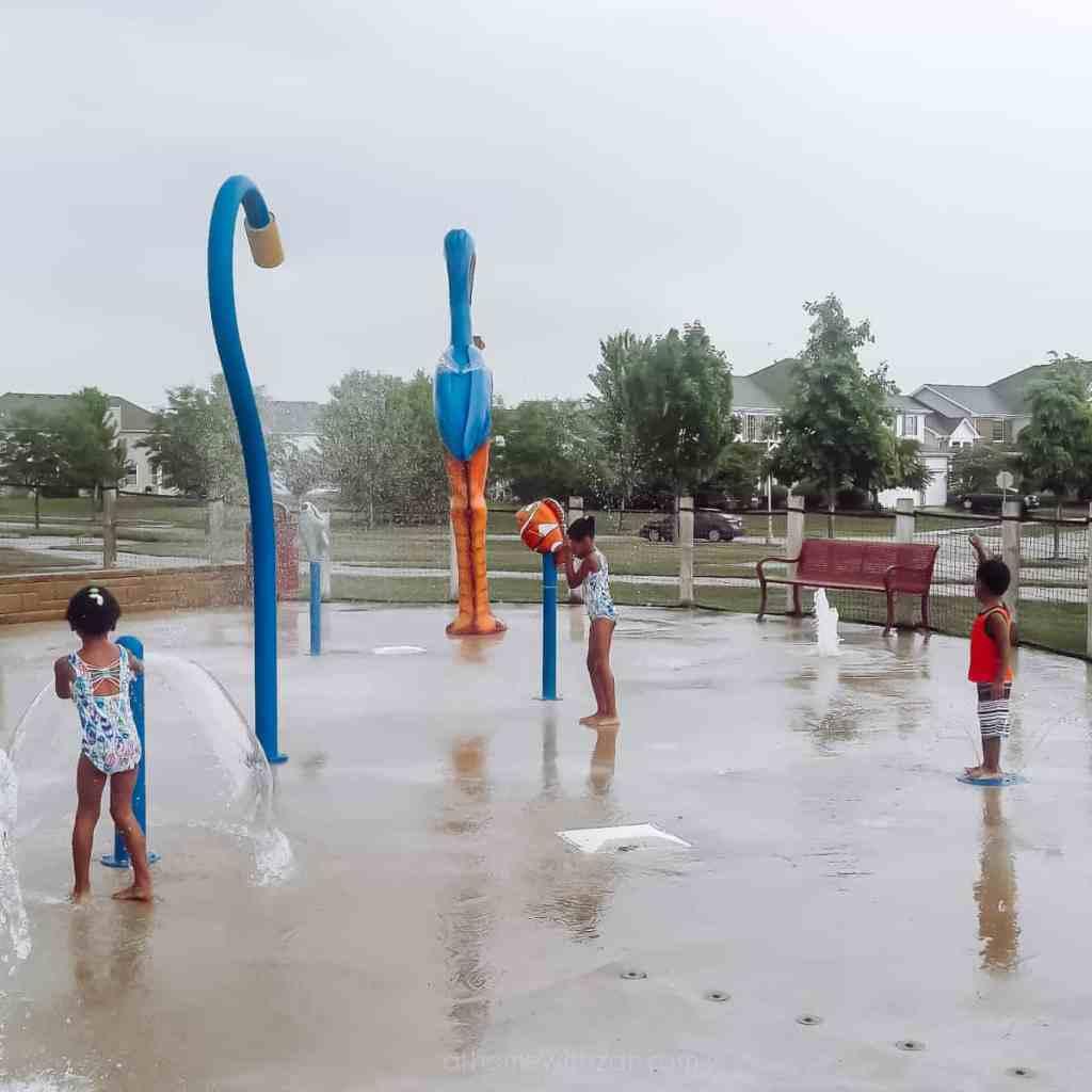 Water-Sprinkler-Splash-Mat-For-Kids-Water-Play-Ideas-for-Kids-Splash-Pad-Summer-Sprinkler-Water-Sprinkler-Summertime-Fun-for-Kids-athomewithzan-9-18.jpg