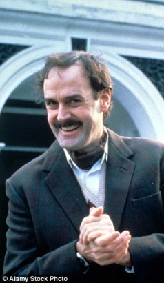 2C75CACE00000578-3240286-John_Cleese_co_wrote_Fawlty_Towers_with_ex_wife_Connie_Booth_and-a-3_1442600263938.jpg