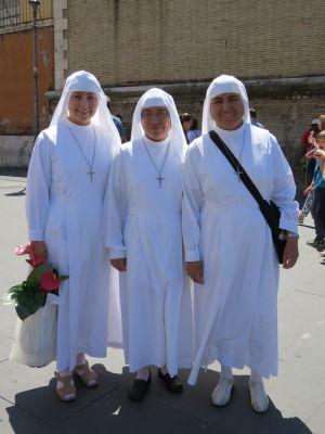 Tres Nuns