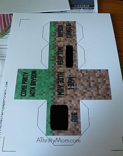 Cube Minecraft Party Invitations