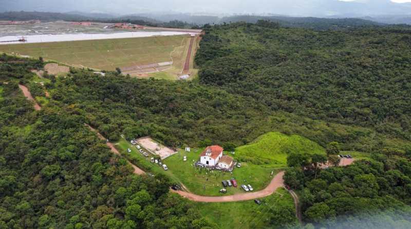Dossiê denuncia violações de direitos humanos em regiões mineradas da Serra do Caraça (MG)