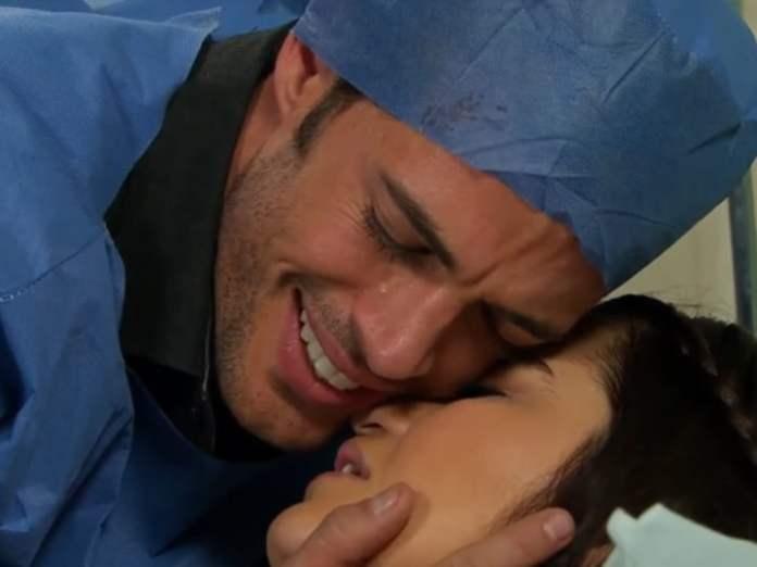 Max (William Levy) e Maria (Maite Perroni) em 'Triunfo do Amor' (Sbt)