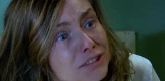 Dominika Paleta interpretando Helena em 'Triunfo do Amor' (Sbt)
