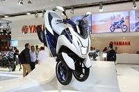 Yamaha lansează în România un scuter cu 3 roţi