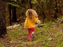 Un tata isi antreneaza fiica pentru o noua era glaciara