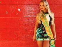 Castigatoarea Miss Bumbum Brazilia s-a operat pentru a redeveni virgina