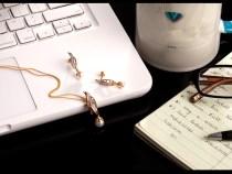 3 accesorii perfecte pentru tinutele office