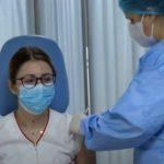 Prima persoană vaccinată în România este asistenta medicală Mihaela Anghel