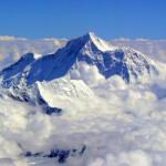 Muntele Everest este mai înalt cu un metru decât se știa până acum I AUDIO