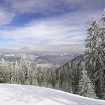 Hunedoara: Stațiunile montane îi atrag pe turiști cu prețuri neschimbate și pârtii deschise | AUDIO