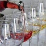 Cheltuielile pentru alcool ale românilor au înregistrat cea mai mare creştere din UE