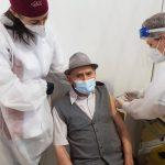 Un fost profesor de 105 ani, cel mai vârstnic vaccinat din Gherla | AUDIO
