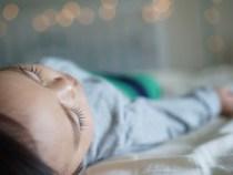 Suceava: Bebeluș intrat în stop cardio-respirator în timp ce era botezat