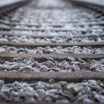 Circulaţia mai multor trenuri se suspendă în sud-estul ţării, miercuri şi joi, din cauza vremii