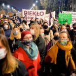 Polonia: Proteste în mai multe orașe, după interzicerea aproape în totalitate a avorturilor | VIDEO