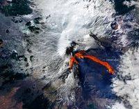 Erupția vulcanului Etna, fotografiată din satelit