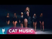 Ellie White – Flori de Mai (Official Video)
