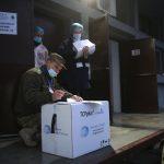 Noi doze de vaccin anti-COVID Moderna, distribuite în centrele din România