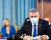 Ministrul Bode: Analizăm limitarea purtării măștii la plajă | AUDIO
