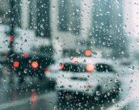 Meteorologii anunță ploi, intensificări ale vântului și vreme deosebit de rece în toată țara