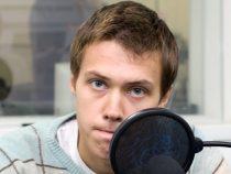Jurnalist rus de investigații, reținut de FSB după ce i-a fost percheziționată locuința VIDEO
